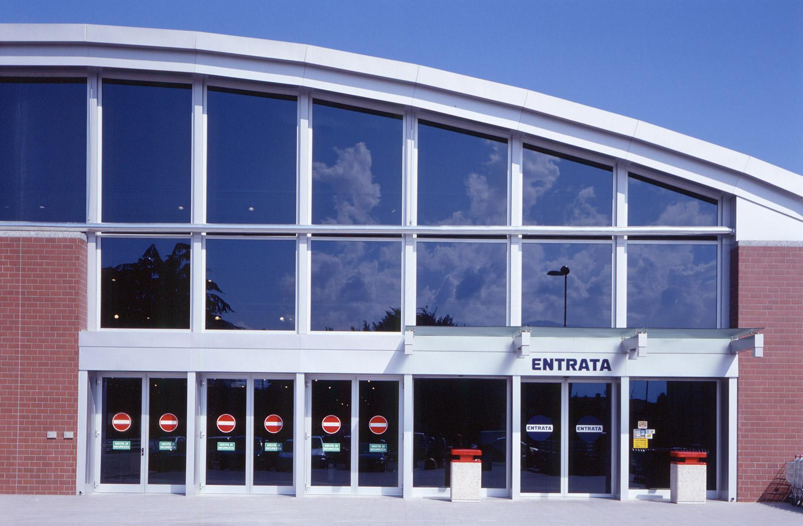 Conversione di una struttura industriale in edificio for Conversione are mq