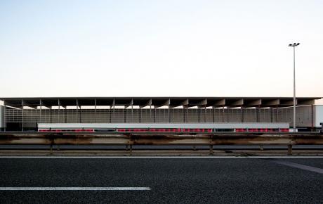 Foto del fronte principale dalla A21 Torino-Piacenza