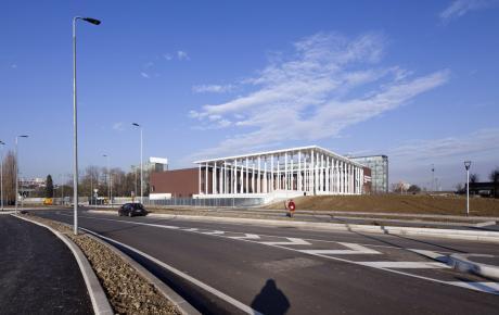 Foto dell'edificio da via G. Palatucci