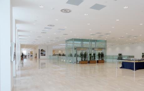 Foto dell'ampia galleria al primo piano